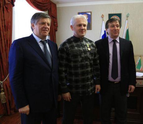В Чеченстате наградили руководителей министерств и ведомств за участие во Всероссийской сельскохозяйственной переписи