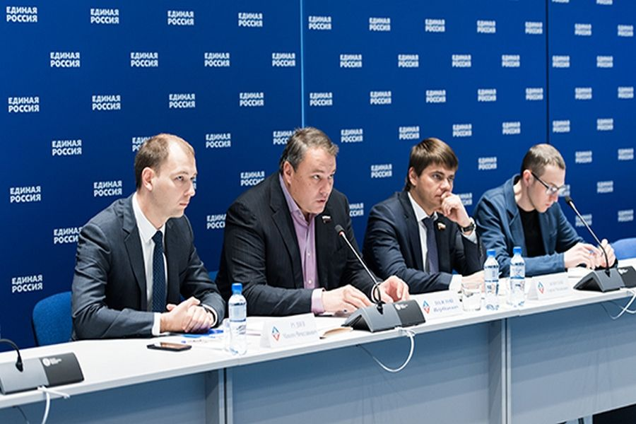 «Единая Россия» выделяет работу сторонников по партпроектам в отдельное направление