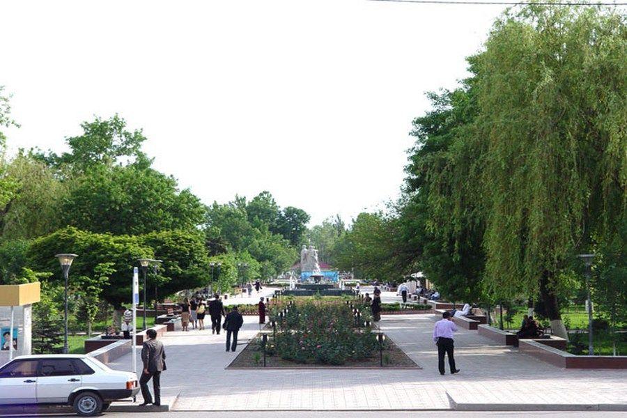 В Сквере журналистов Грозного состоится Межрегиональная выставка народных ремесленников «Шаг навстречу»