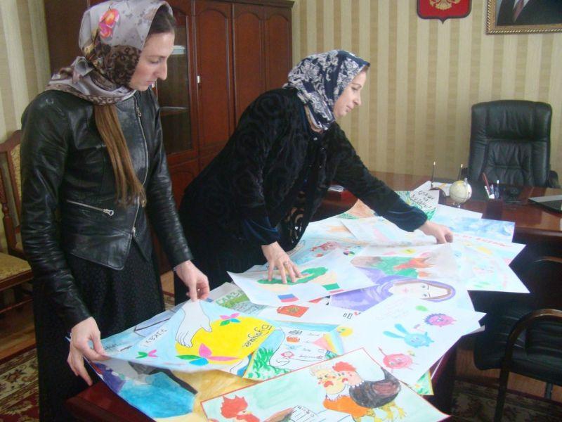 В Итум-Калинском районе прошел конкурс рисунков «выборы глазами детей»