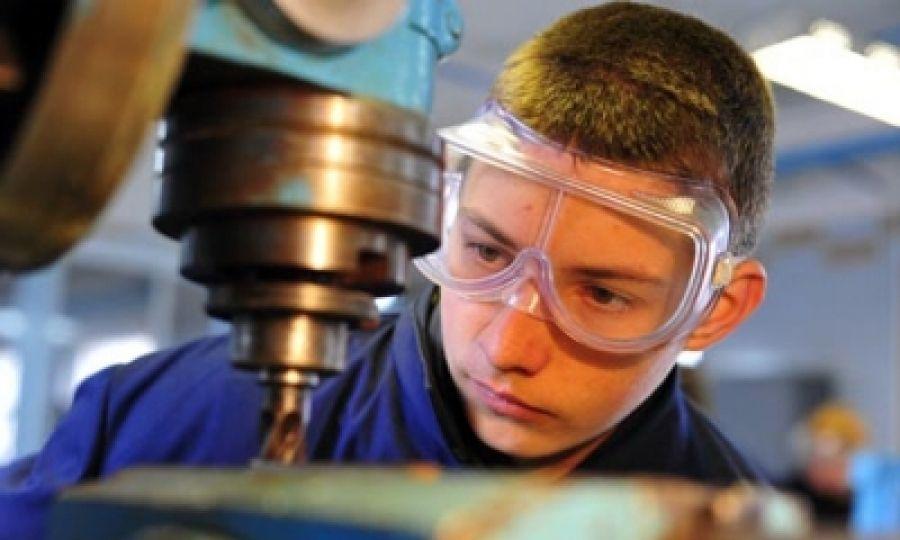 Что нужно знать о трудовых правах несовершеннолетних