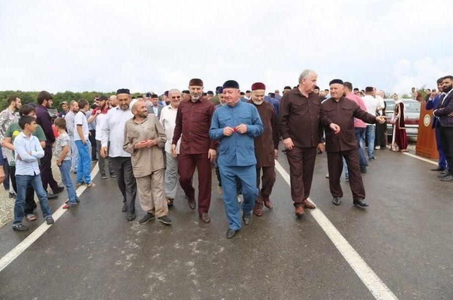 В Курчалоевском районе открыли дорогу на Аллерой