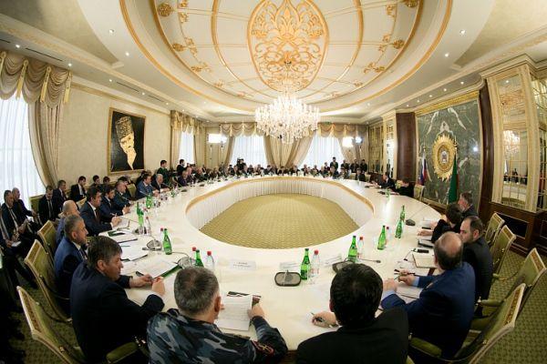 В Грозном прошло совещание по вопросам развития ТЭК Чечни