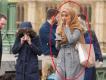 Автор фотографии «равнодушной мусульманки» защитил девушку