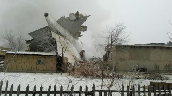 Стали известны имена летчиков самолета, разбившегося под Бишкеком