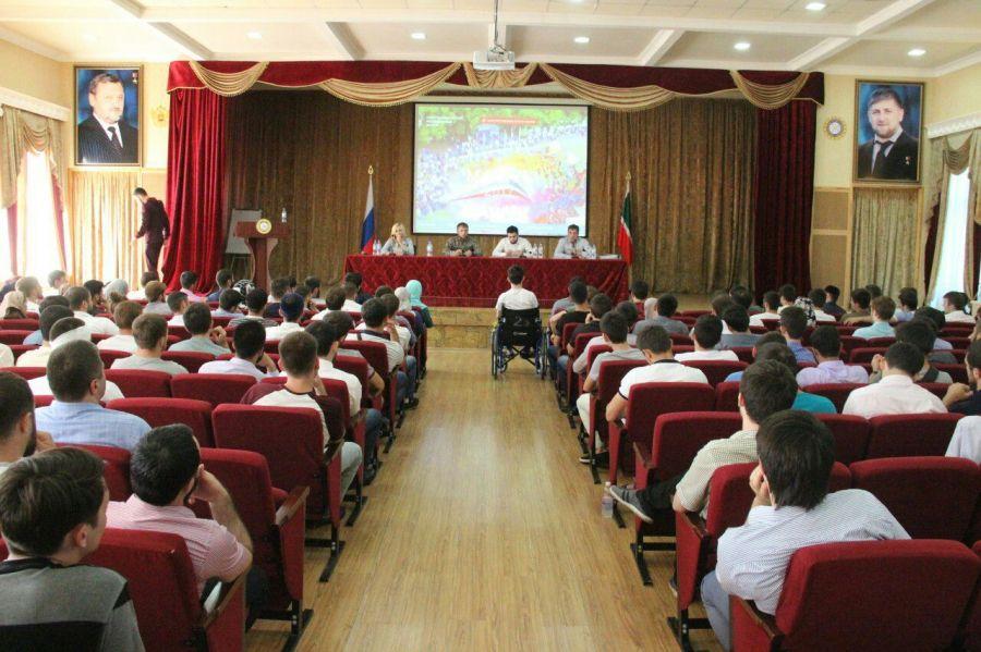 ВПятигорске прошло официальное открытие Северо-Кавказского молодежного форума «Машук-2017»