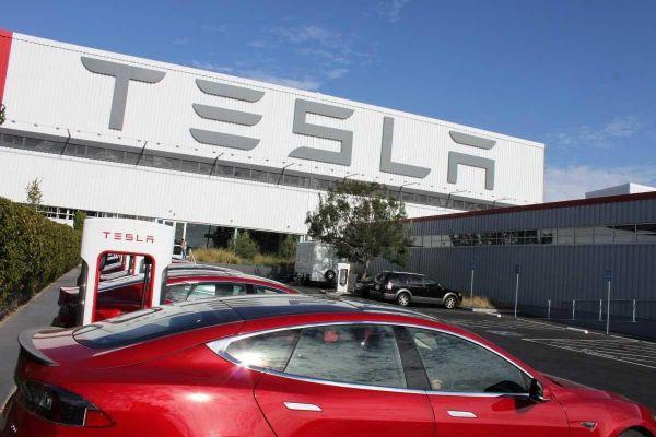 «Tesla» выходит на российский рынок