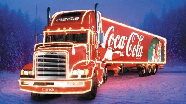 Грузовику Coca-Cola хотят запретить проведение рождественской акции из-за угрозы ожирения