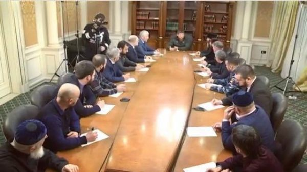 Р.  Кадыров призвал  довести до молодежи  пагубность различных «групп смерти»