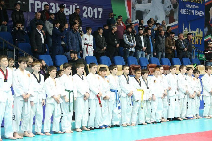 В Грозном проходит чемпионат и первенство СКФО по тхэквондо (ГТФ)
