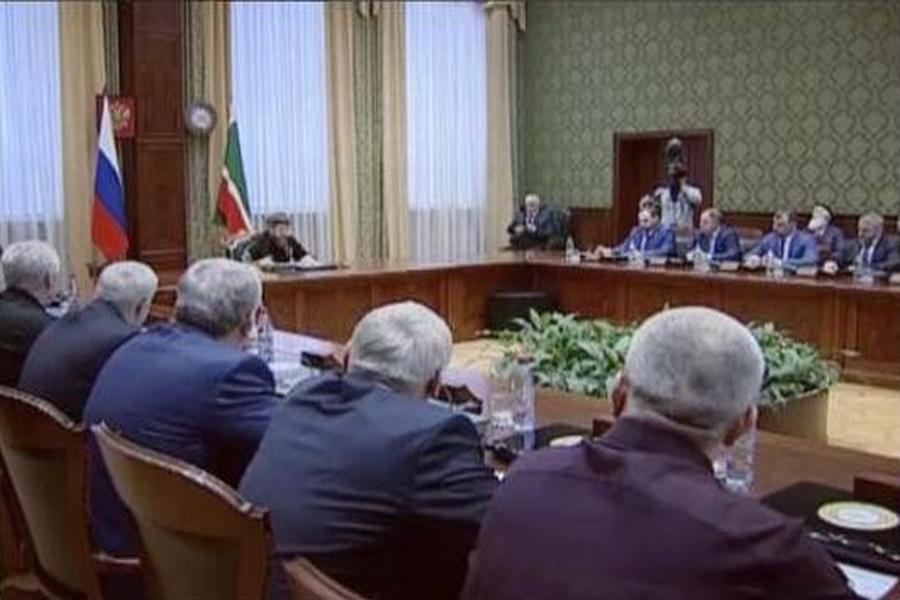 Р. Кадыров провел совещание по вопросам вакцинации сельскохозяйственных животных