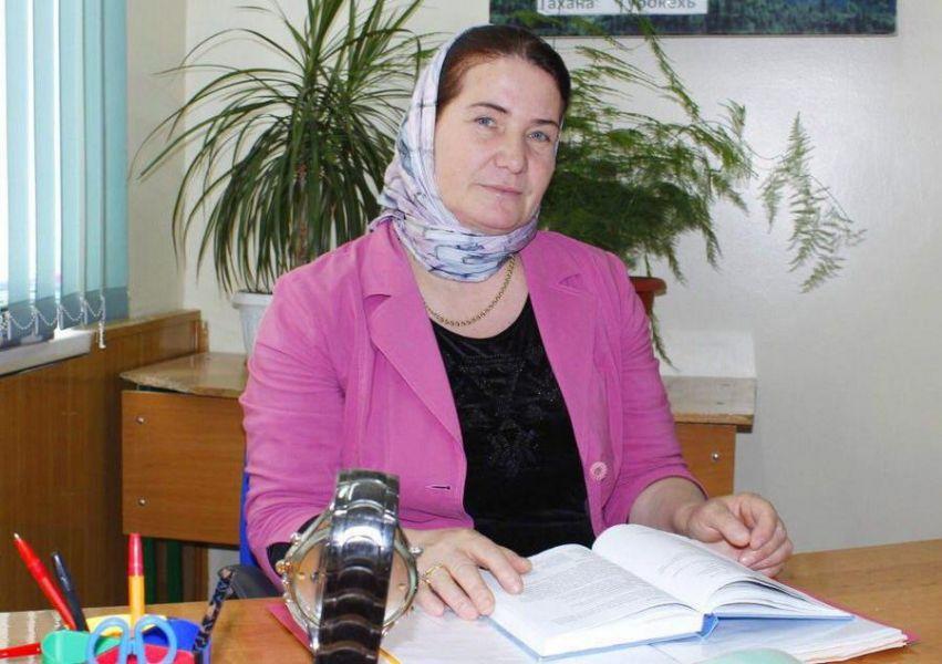 Айзан Цациева: Для меня самая большая награда – если я смогу привить детям любовь к чеченскому языку