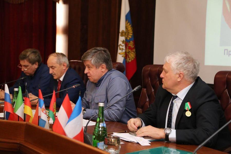 В Грозном обсудили расширение сотрудничества между Липецкой областью и Чечней