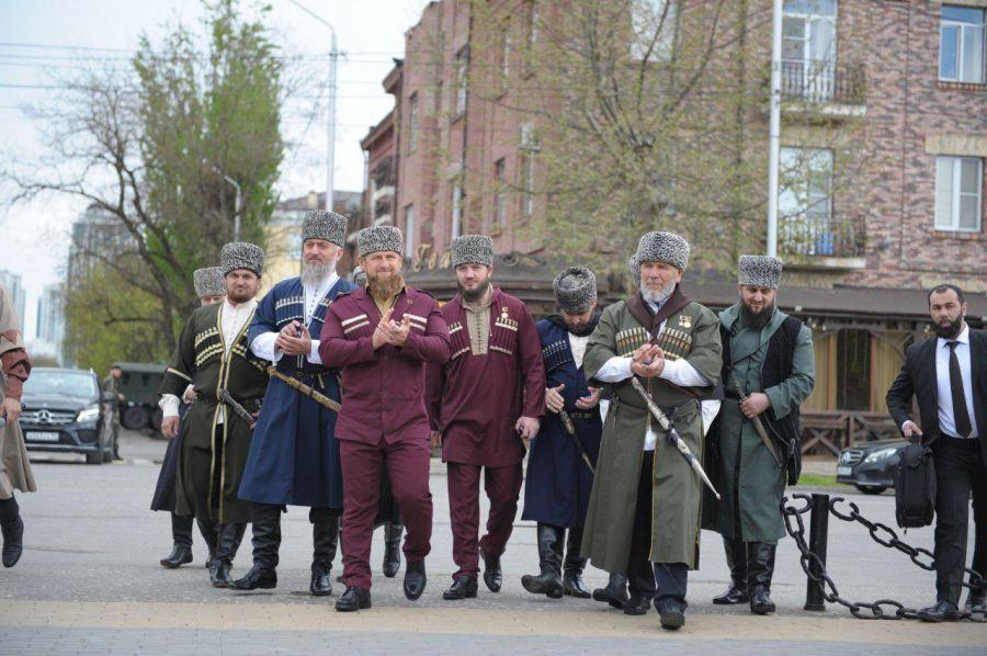 Р. Кадыров принял участие в торжественном собрании, посвященном Дню чеченского языка