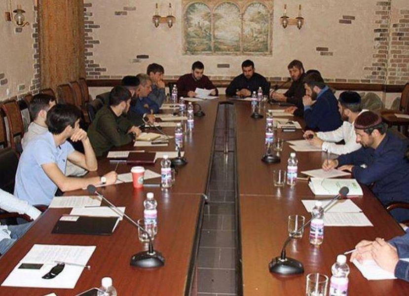 В Грозном обсудили подготовку к фестивалю молодежи и студентов в в Сочи