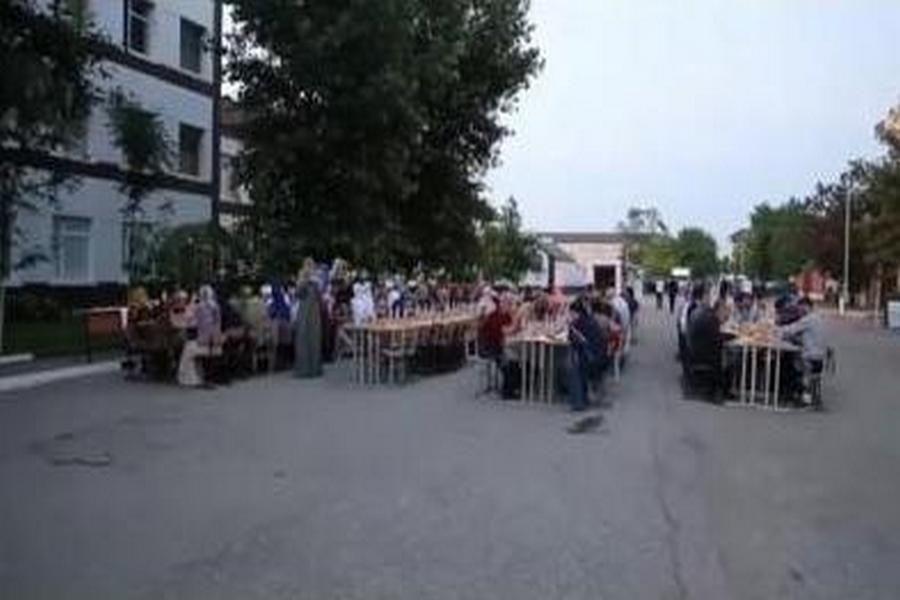 Масштабный ифтар организовали для пациентов и врачей клинической больницы №1