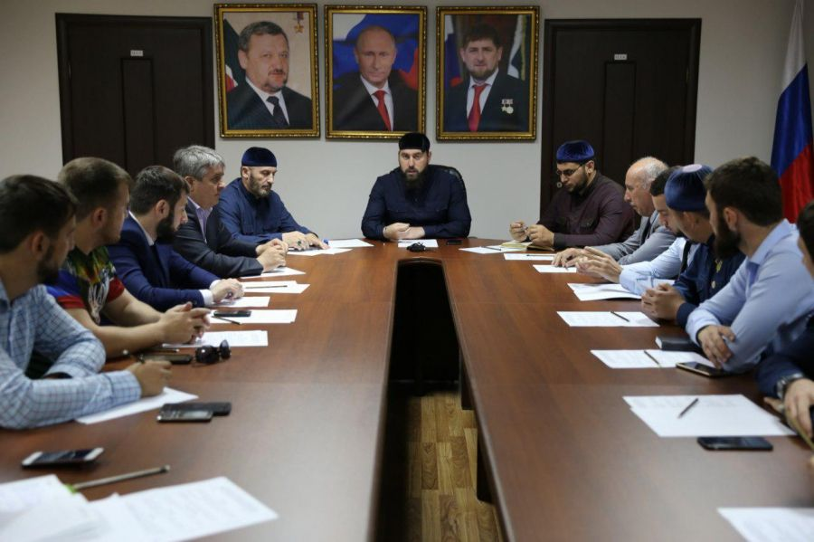 О методах борьбы с ростом цен в преддверии Ураза-Байрам говорили в Грозном