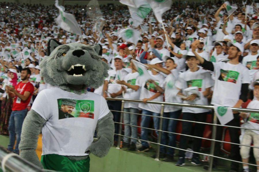 Футбольный клуб «Ахмат» разгромил «Амкар»— Открытие сезона