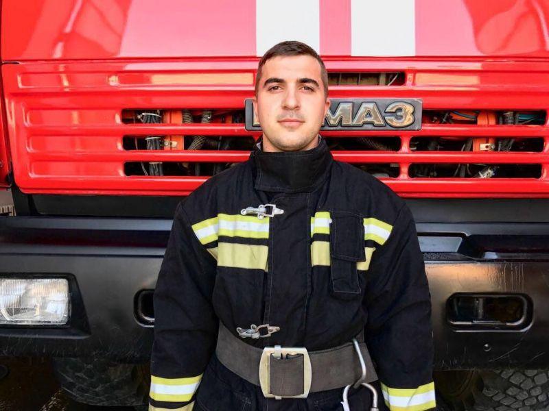 Гудермесский пожарный вошел в тройку лучших начальников караулов пожарно-спасательных частей СКФО