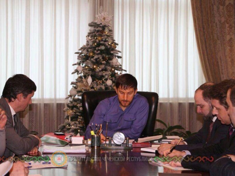 В Грозном обсудили реализацию крупных инвестиционных проектов