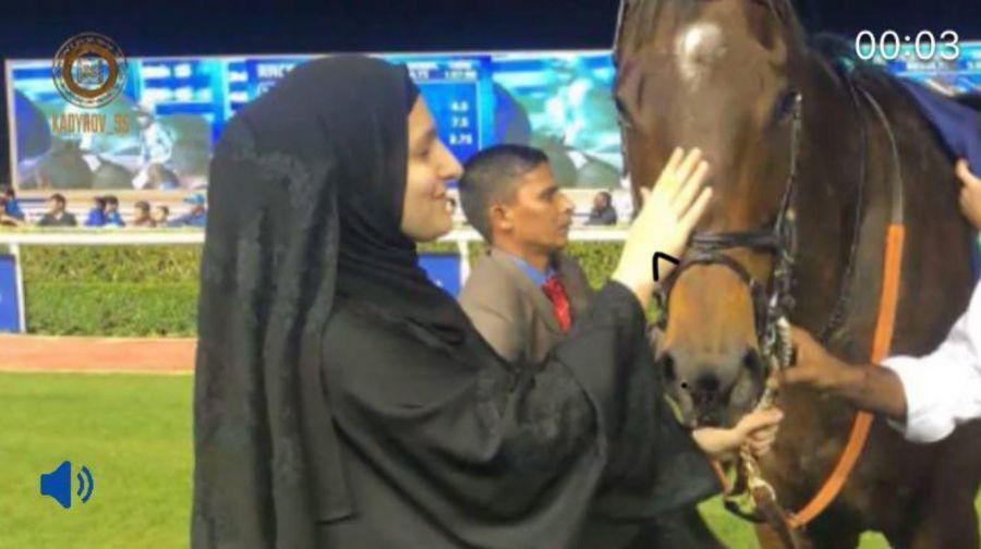 Р. Кадыров поздравил Наследного принца Дубая с прекрасным результатом его лошади на Международном Скаковом Карнавале