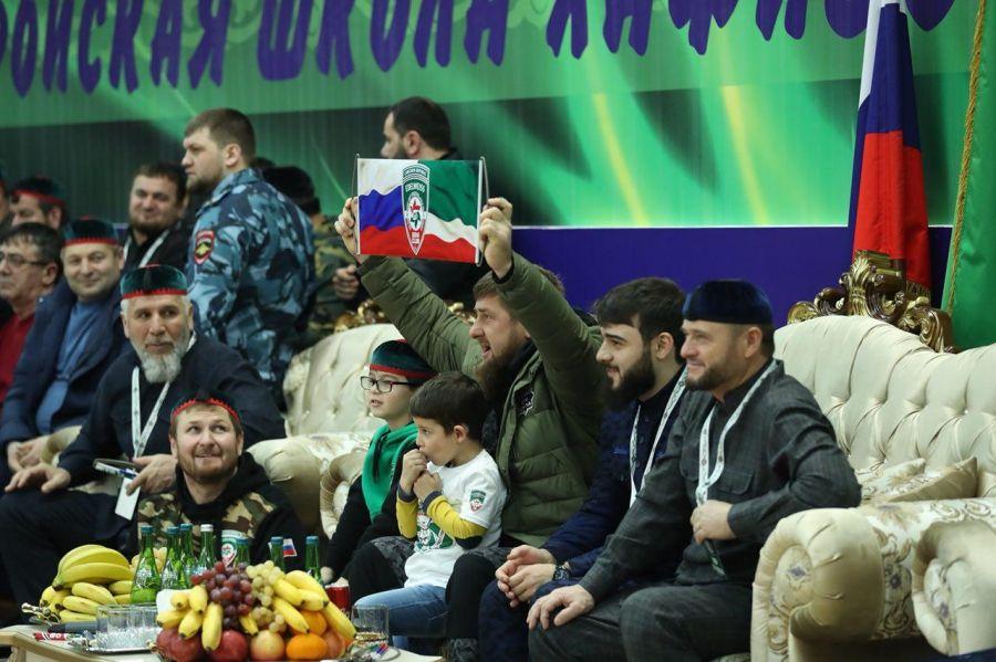 Рамзан Кадыров посетил Республиканский турнир по дзюдо среди хафизов