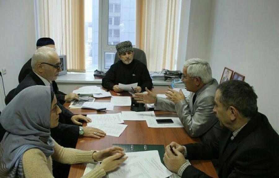 В Грозном обсудили роль чеченского языка в СМИ
