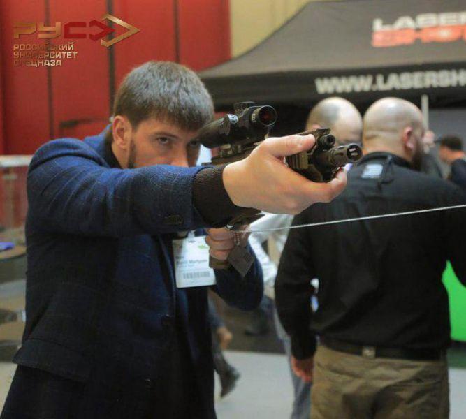Инструкторы РУС приняли участие в международной военной выставке IWA OutdoorClassics