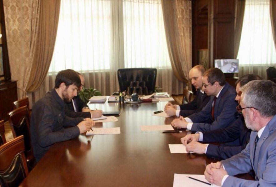 Дмитрий Сатин положительно оценил работу Налоговой службы Чечни