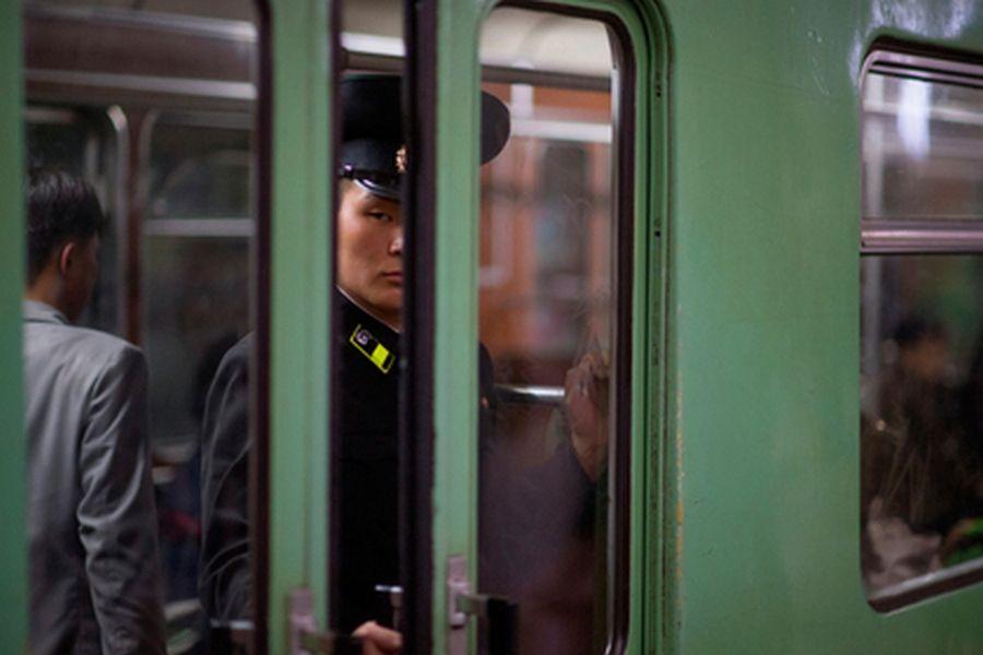 Жителям Северной Кореи запретили веселиться из-за санкций