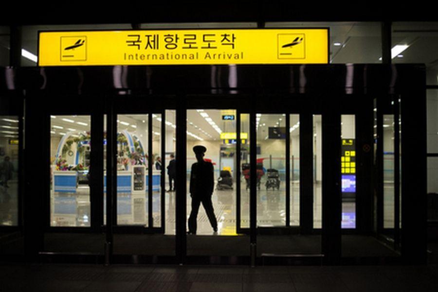 Власти Северной Кореи вызвали собственных послов вПхеньян