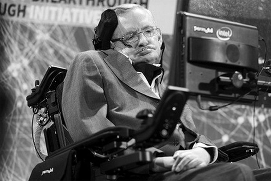 На 77-ом году жизни скончался британский физик Стивен Хокинг