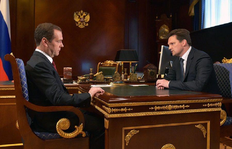 Д. Медведев рекомендовал Подгузова на пост главы «Почты России»