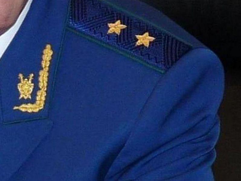 Прокуратура Грозненского района провела урок права для учащихся школы