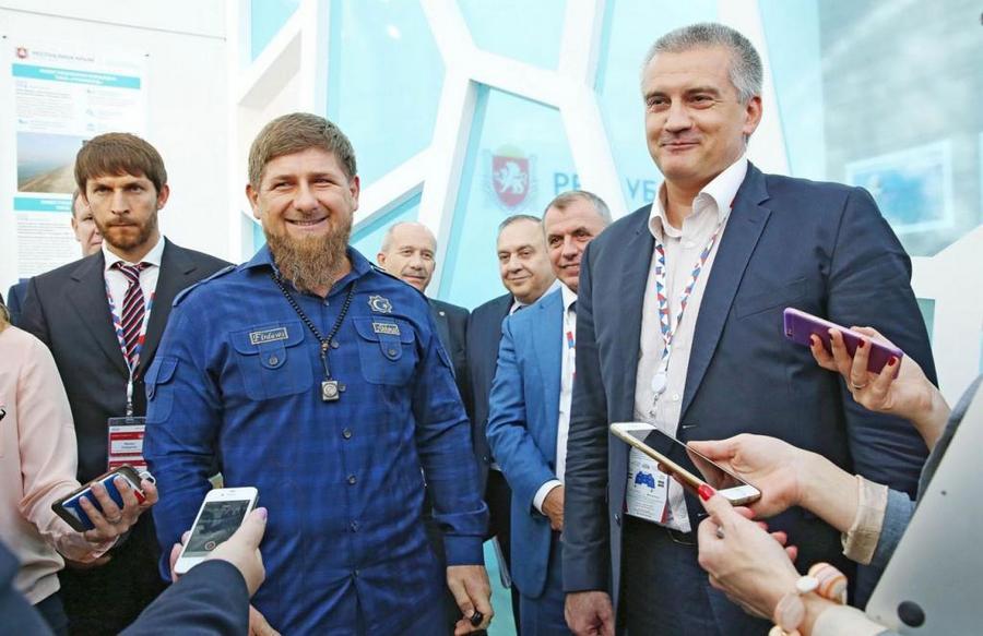 Р. Кадыров поздравил крымчан с третьей годовщиной возвращения в состав России
