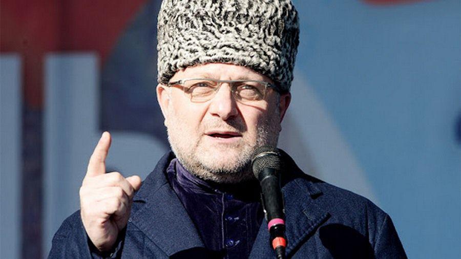 В Чечне опровергли очередную фейковую новость о нуждающейся в помощи девочке-сироте