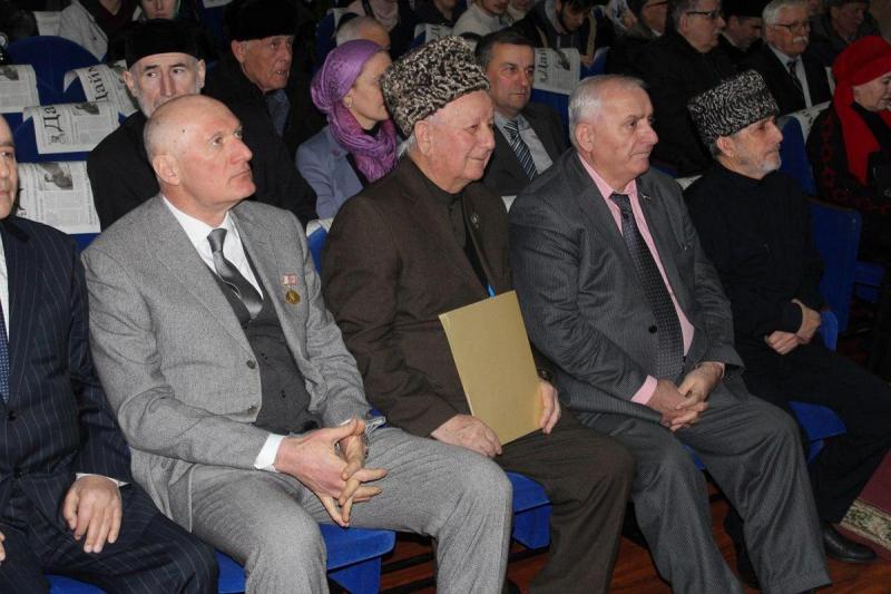 Хамзат Юнусов отмечает 60-летий юбилей