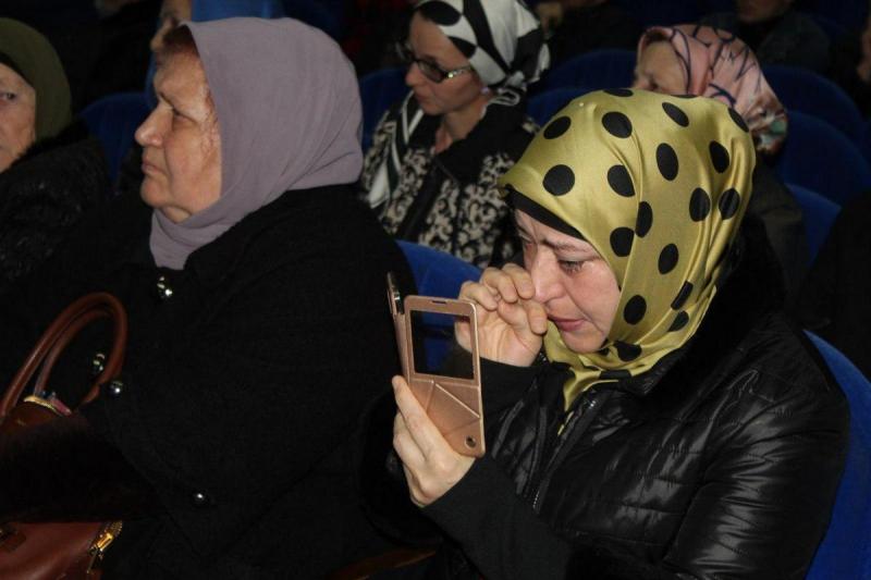 В Грозном вручили генетические паспорта родственникам без вести пропавших людей