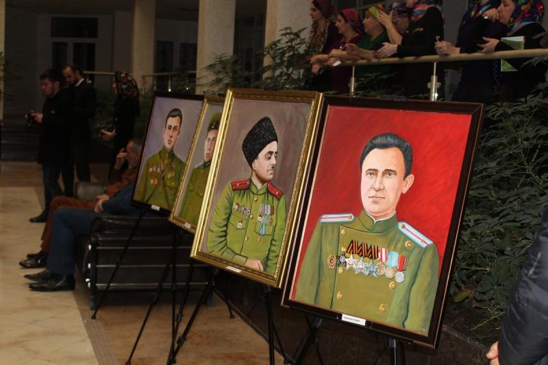 В Грозном прошла презентация второго тома книги о восстановлении ЧИАССР