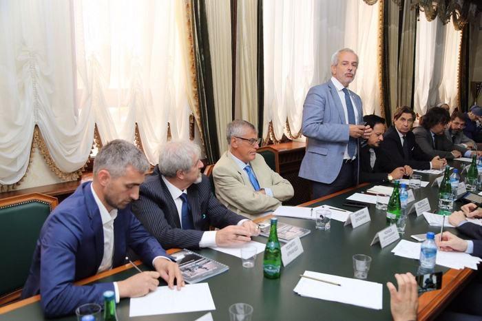 Итальянский экс-сенатор пожаловался Кадырову насанкции