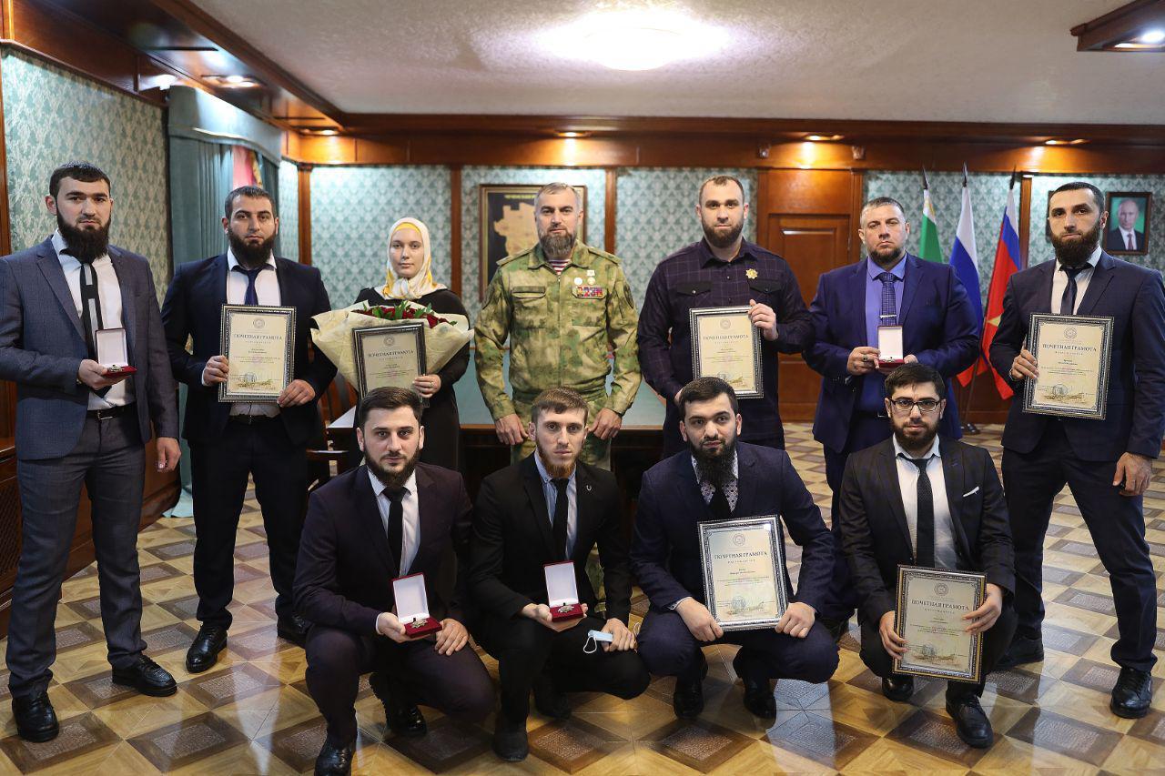 ЧЕЧНЯ. Активисты проекта «Турпалхой» удостоены медалей Управления Росгвардии по ЧР