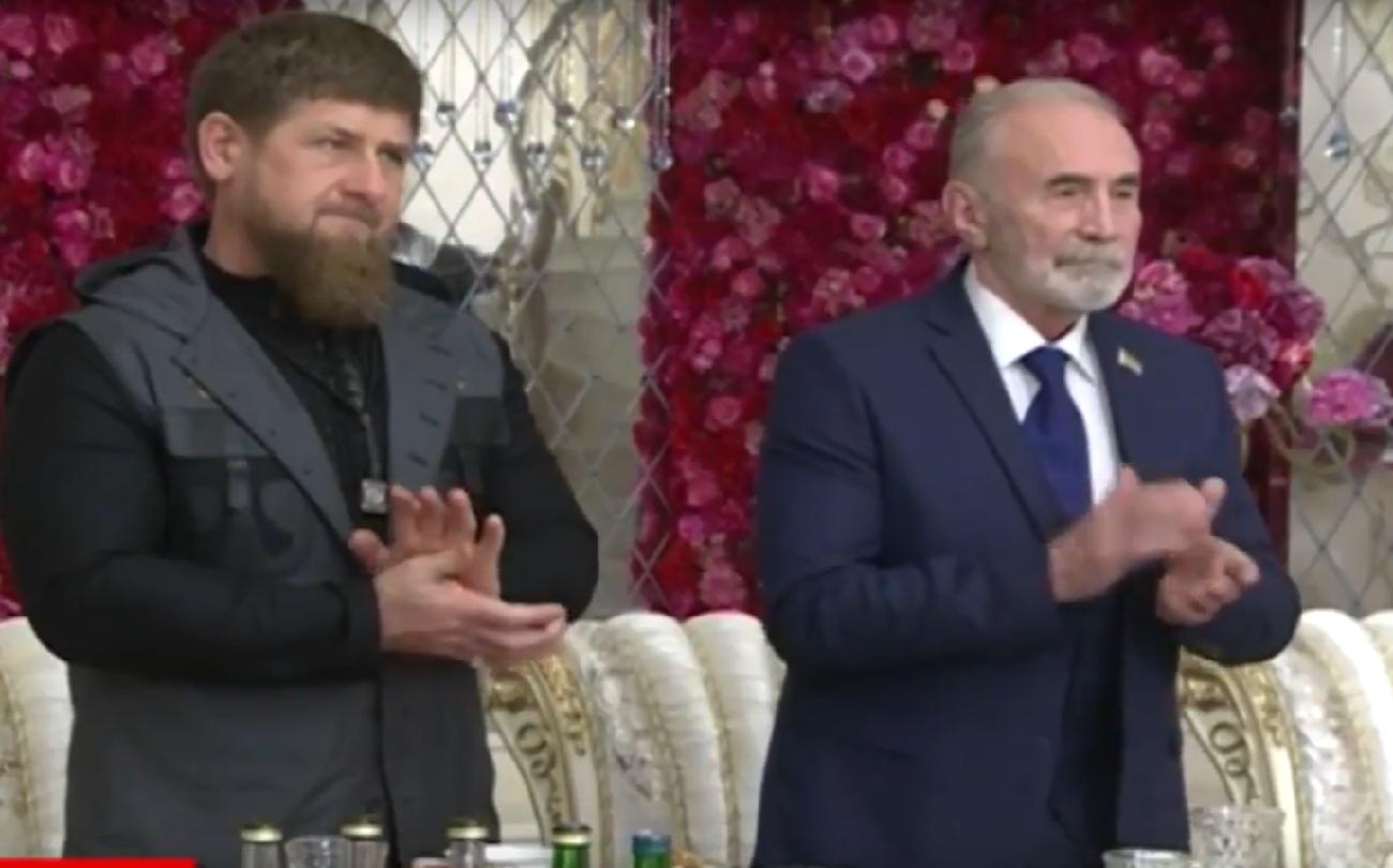 Отметить юбилей в Грозном он приехал по приглашению главы Чечни