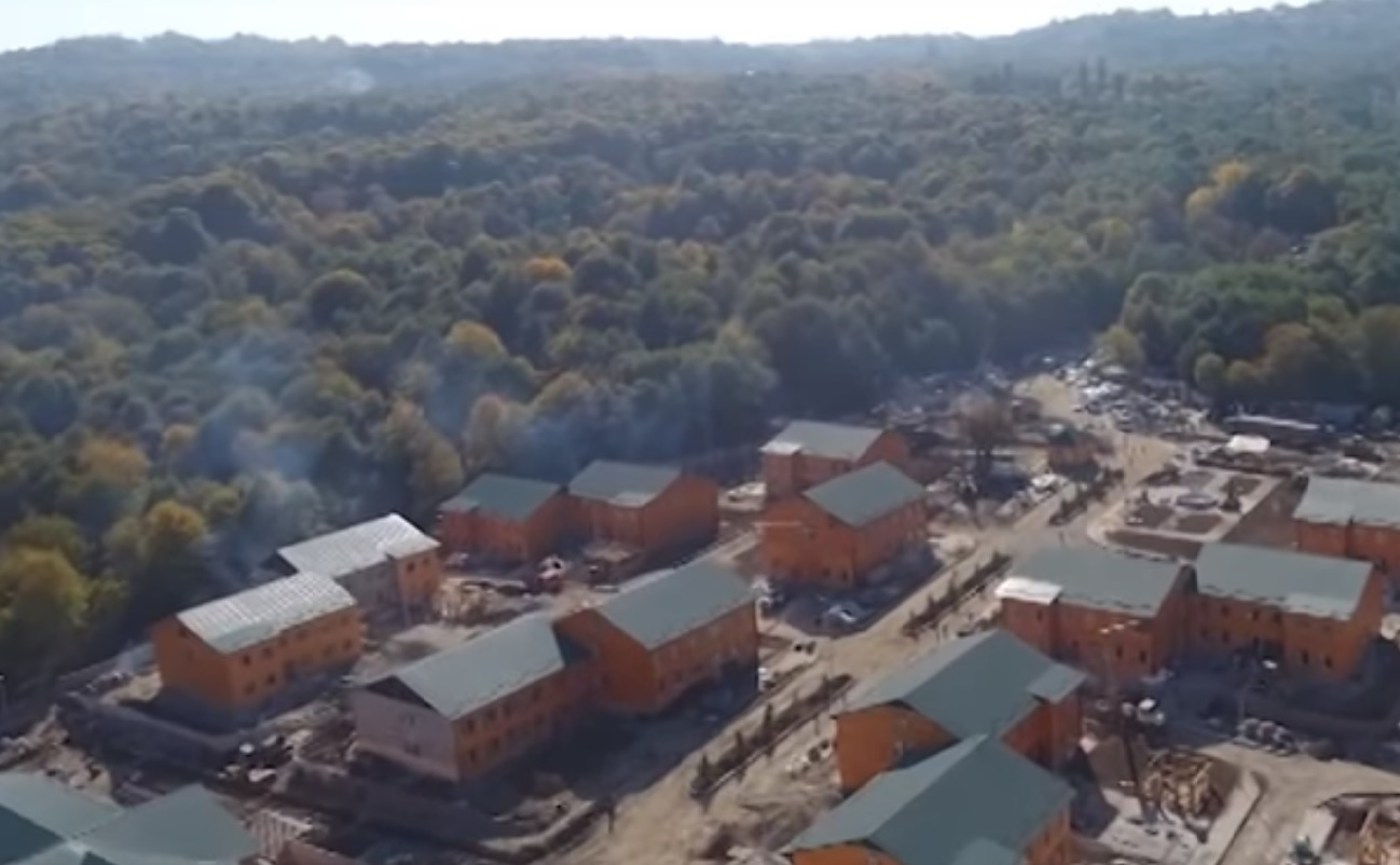 В Беное близится к завершению строительство целого ряда объектов